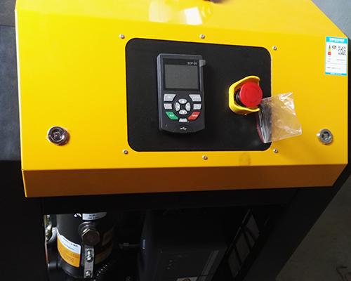 纸箱行业7.5KW永磁变频空压机安装完工