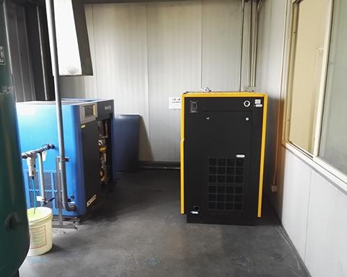 机床制造行业37kw永磁变频空压机安装完工