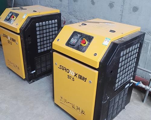 水处理行业7.kw永磁变频空压机安装完工