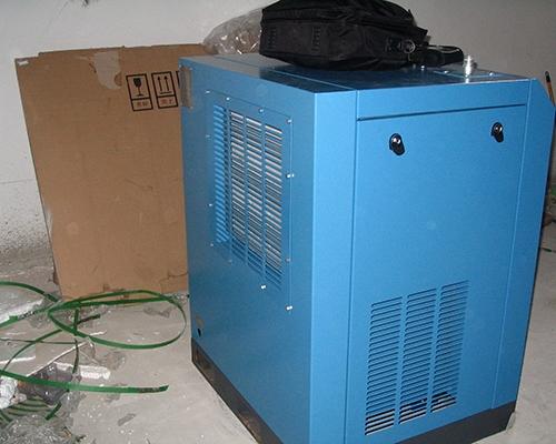 变频螺杆空压机的使用维护