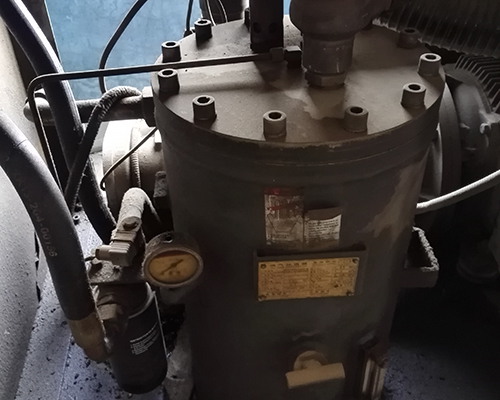 37kw新宝空压机维修